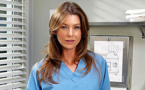 Meredith Grey karatasi la kupamba ukuta with a portrait entitled Meredith Grey