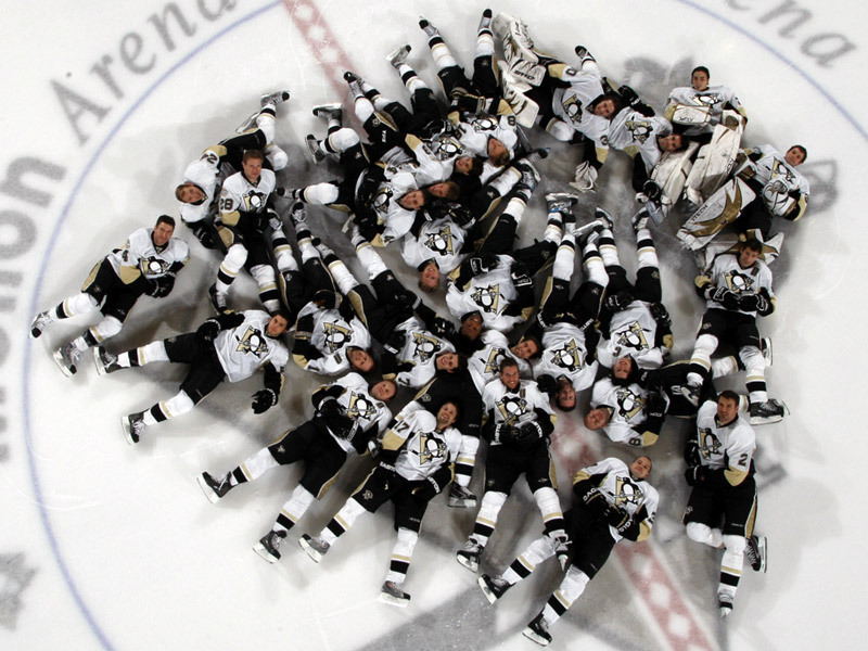 PITTSBURGH PENGUINS Nap time! - Sidney Crosby Photo (8502968) - Fanpop