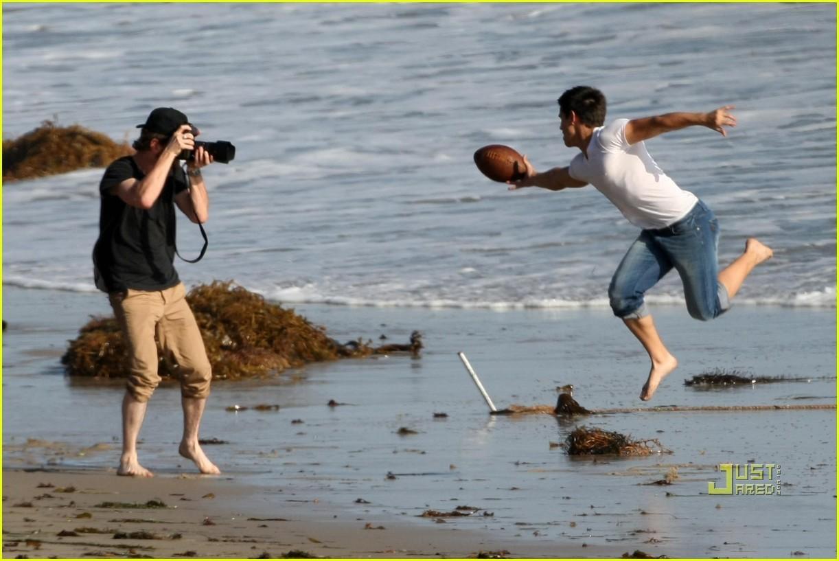 Taylor lautner - Rolling Stone photoshoot