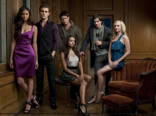 The Vampire Diaries w/ Nina - nina-dobrev Photo