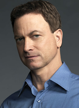 Gary sinise eye color
