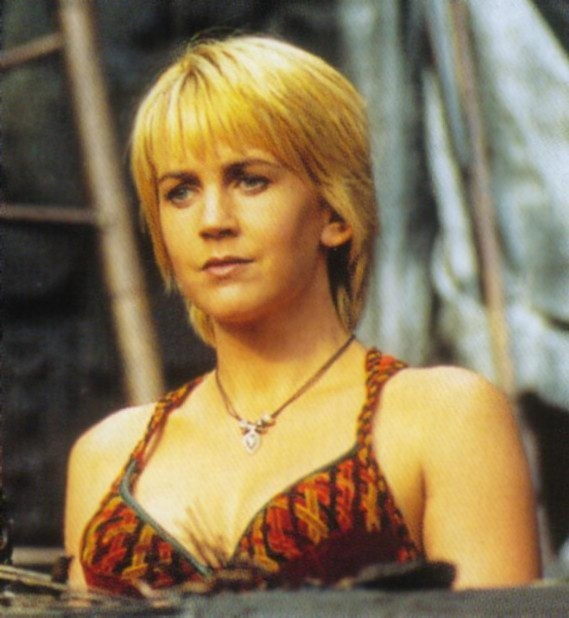 Xena  Warrior Princess Do You Like Gabrielle In Her Long Hair Or Her    Xena Warrior Princess Gabrielle Hair