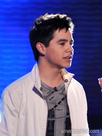Do you think that David Archuleta is gay or Zac Efron is?