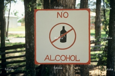 should alcohol be illegal essay Short essay on why drinking alcohol should be banned , short speech on why drinking alcohol should be banned , short paragraph on why drinking alcohol should be.