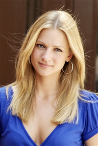 What's AJ Cook's nationality?