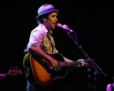 Which Scrubs Cast Member out of the following wasn't thanked in the thankyou notes on Joshua Radins Album ' We Were Here'?
