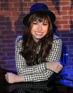 when did mitchie smiled first time on camp rock?
