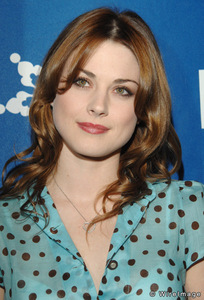 When was Alexandra Breckenridge born?
