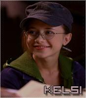 Who help Kelsi make the shot?