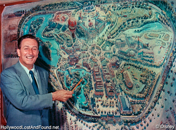 How many major divisions(lands) are within Disneyland?