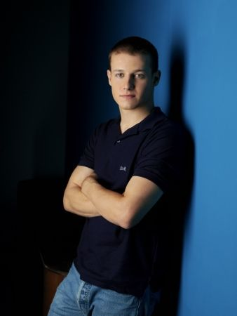 Where was Will Estes born?