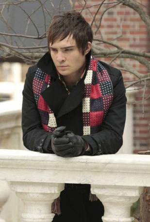 When was the first time he wore his scarf in season 2?