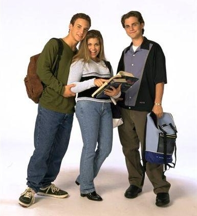 What school does the gang attend in seasons 2-5?