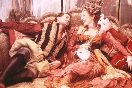 Who plays Lord Robert in Elizabeth(1998)?