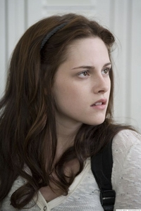"Who says this to Bella?: ""You look beautiful. আপনি always do."""