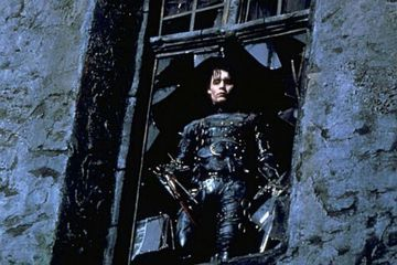 what year was edward scissorhands released inthe UK?