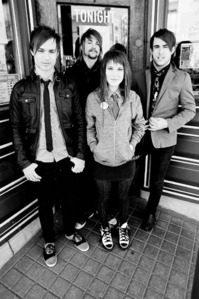 What is Hayley William's topo, início favourite band right now?