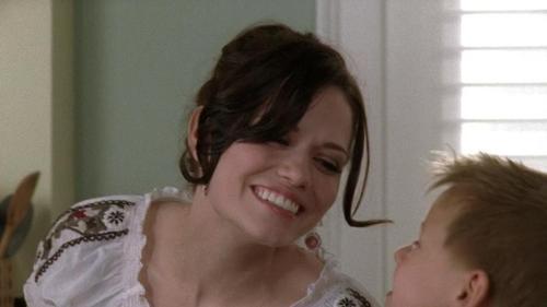 Jamie: I L-O-V-E आप Mama - Haley: ...