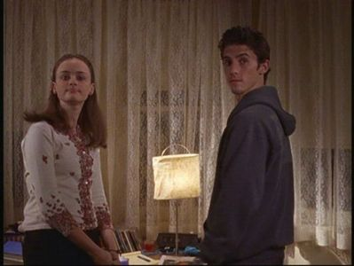 What день of the week do Rory and Jess first meet?