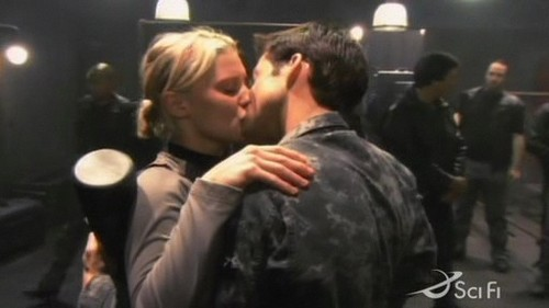 BSG - Which episode do Lee & Kara first kiss?