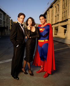 Who played Superman in the television series 'Lois and Clark: The New Adventures of Superman'?