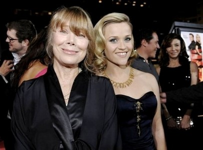 What do Sissy Spacek and Reese Witherspoon have in common regarding the Oscars?