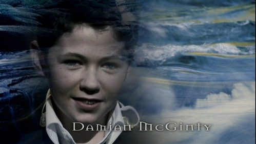Who is the guy who starts to cry at the beginning of Damian's song A Bird Without Wings, on the DVD of the show