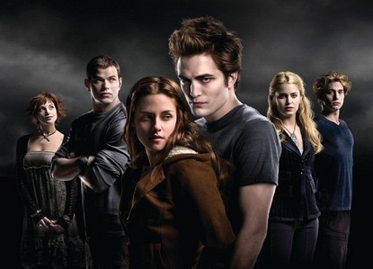 MOVIE:Who was the first Cullen kid to talk to Bella?(besides Edward)