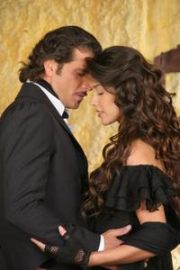 This couple is from telenovela Zorro. Their names are ...
