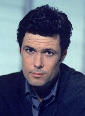 Name the Actor: Who plays Tony Almeida?