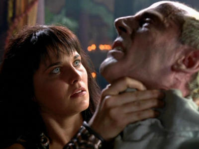 What did we find out about Xena's father death?
