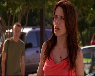 Brooke : Hey, _________ that's my spot.