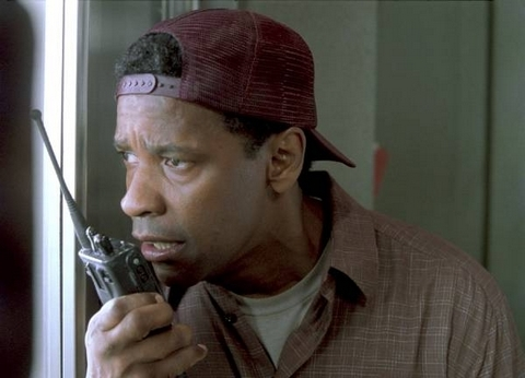 Which Denzel's movie is this picture from ?