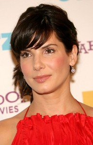 What is the birthplace of Sandra Bullock?