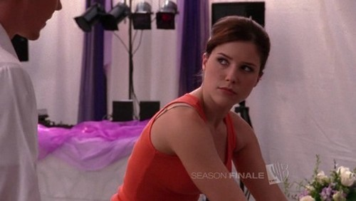 Brooke: 你 know, could 你 do me a favour, just once, and put me above your ______Peyton and do something that I ask 你 to do? Thanks!