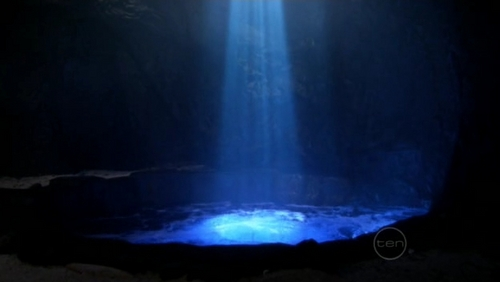 how did charlotte discover the moon pool?