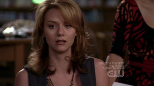 Lindsey: I use to admire the Peyton from the book. She seemed so noble, ____. I wish 당신 were here Peyton, that version of you. What happened to her?