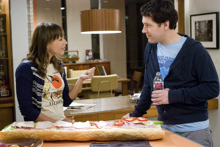 How long had Zooey & Peter been dating before he proposed?