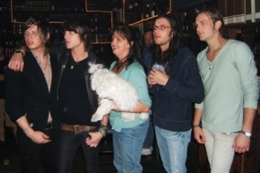 What is the name of the Followill's family dog?