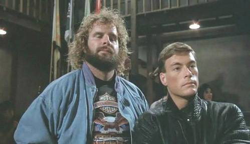 """SPORTS MOVIES : """"Bloodsport"""" is about ?"""