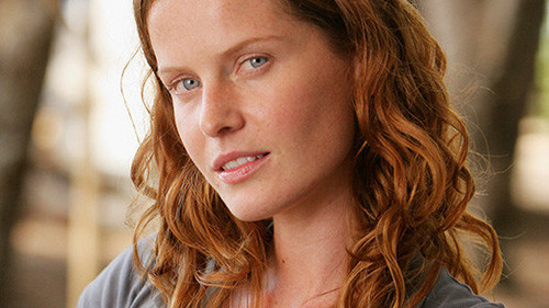 Rebecca Mader (famous for her part in लॉस्ट - चालट, चार्लोट, शेर्लोट Lewis) appears in the film.