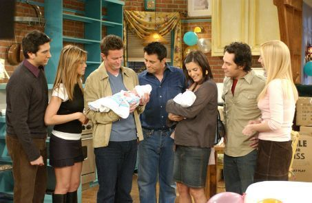 TRUE OR FALSE? Matthew Perry speaks the last line on the series finale of 'Friends.'