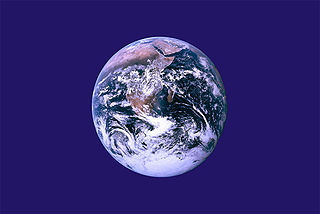 When did Earth 日 start in the U.S.?