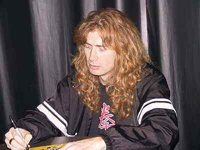 When Dave Mustaine was born ?