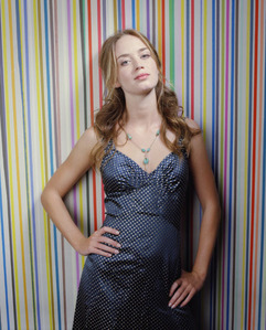 According to some interviews what did Emily Blunt keep while the clothes were giving away for Charity?