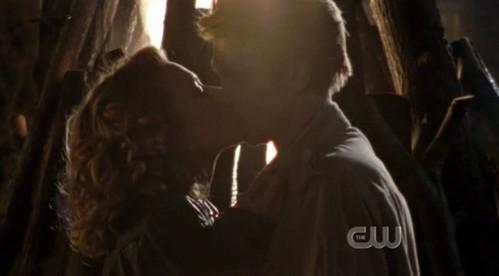 Is the last Leyton's kiss of season 4 ?