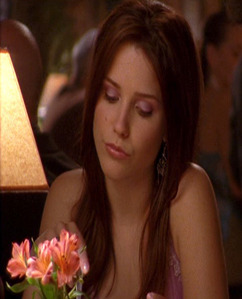 Who is seguinte to Brooke in this scene?