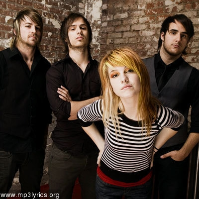 who among Paramore members broke w/ her/his gf/bf in a text message?