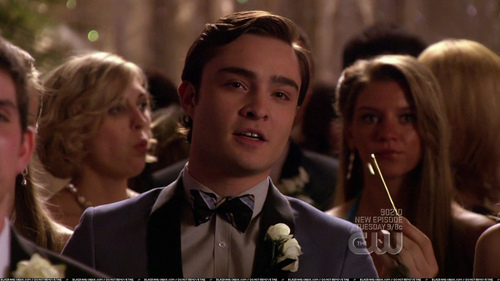(2x24)Chuck asks Serena to give Blair a key to...?