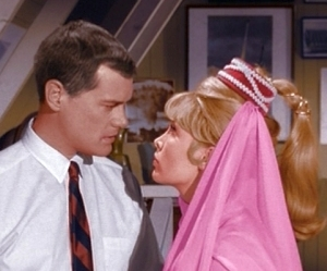 What town do Jeannie and Major Nelson live in?
